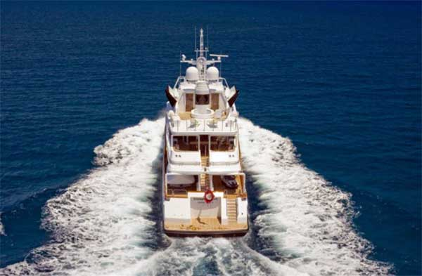 Sterling Yachts Triumphant Lady Aft View