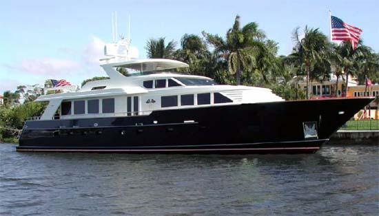 101 burger large motor yacht passage east large yachts for Large motor yachts for sale