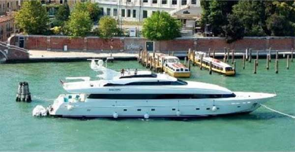 Jet Yacht for Sale
