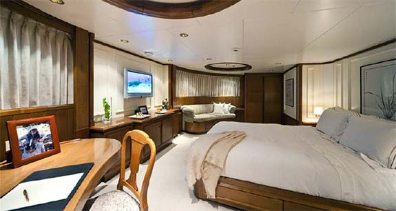 Motor Yacht Master Stateroom
