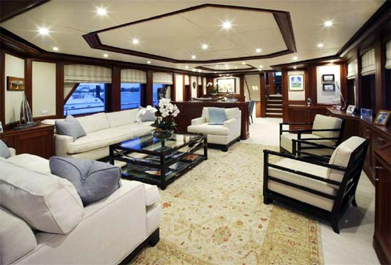 98 Inace Yachts Boundless Main Salon