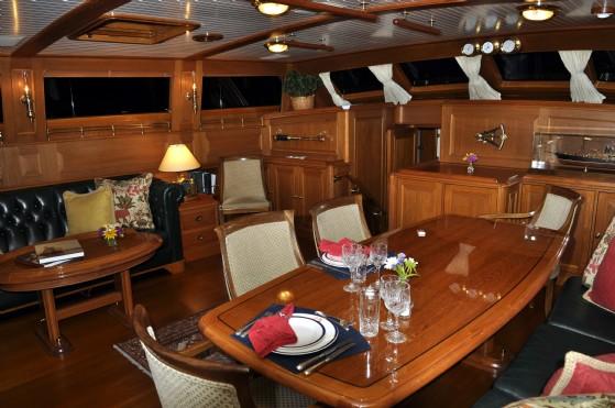 palmer johnson yachts