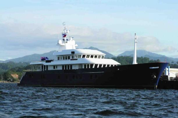 167 narasaki motor yacht northern sun large yachts for sale for Large motor yachts for sale
