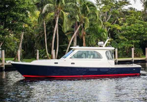 Hunt 36 Motor Yacht for Sale